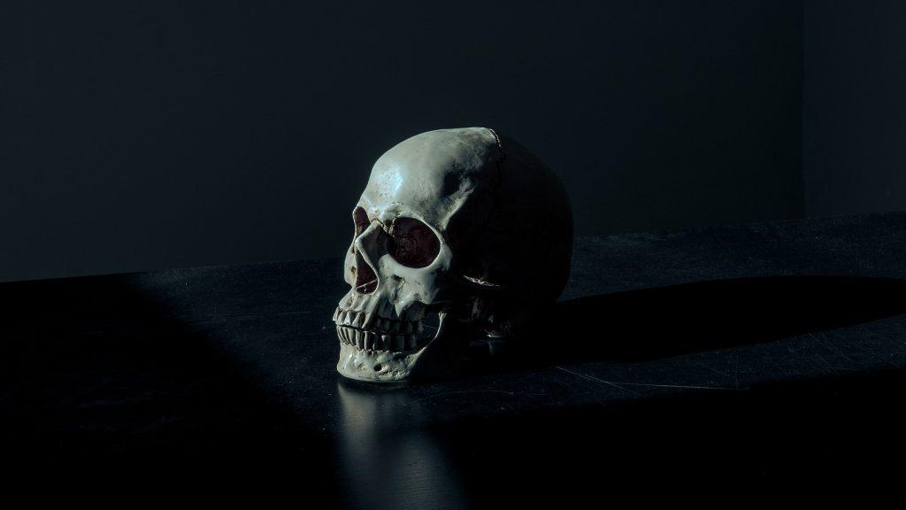 brazgotina, ki je naznanjala smrt