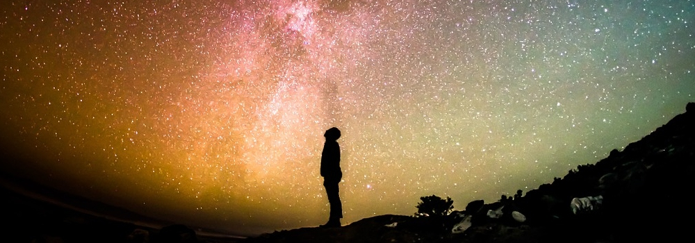 15 nacinov kako univerzum komunicira z nami